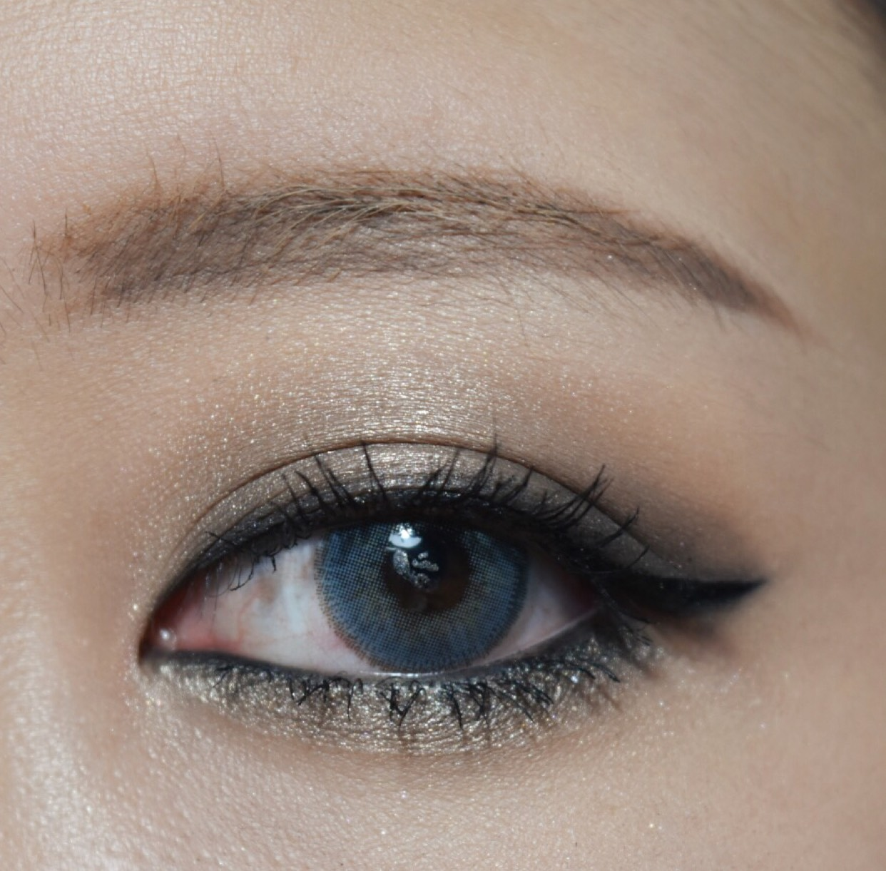 cool greycollar makeupのAfter画像