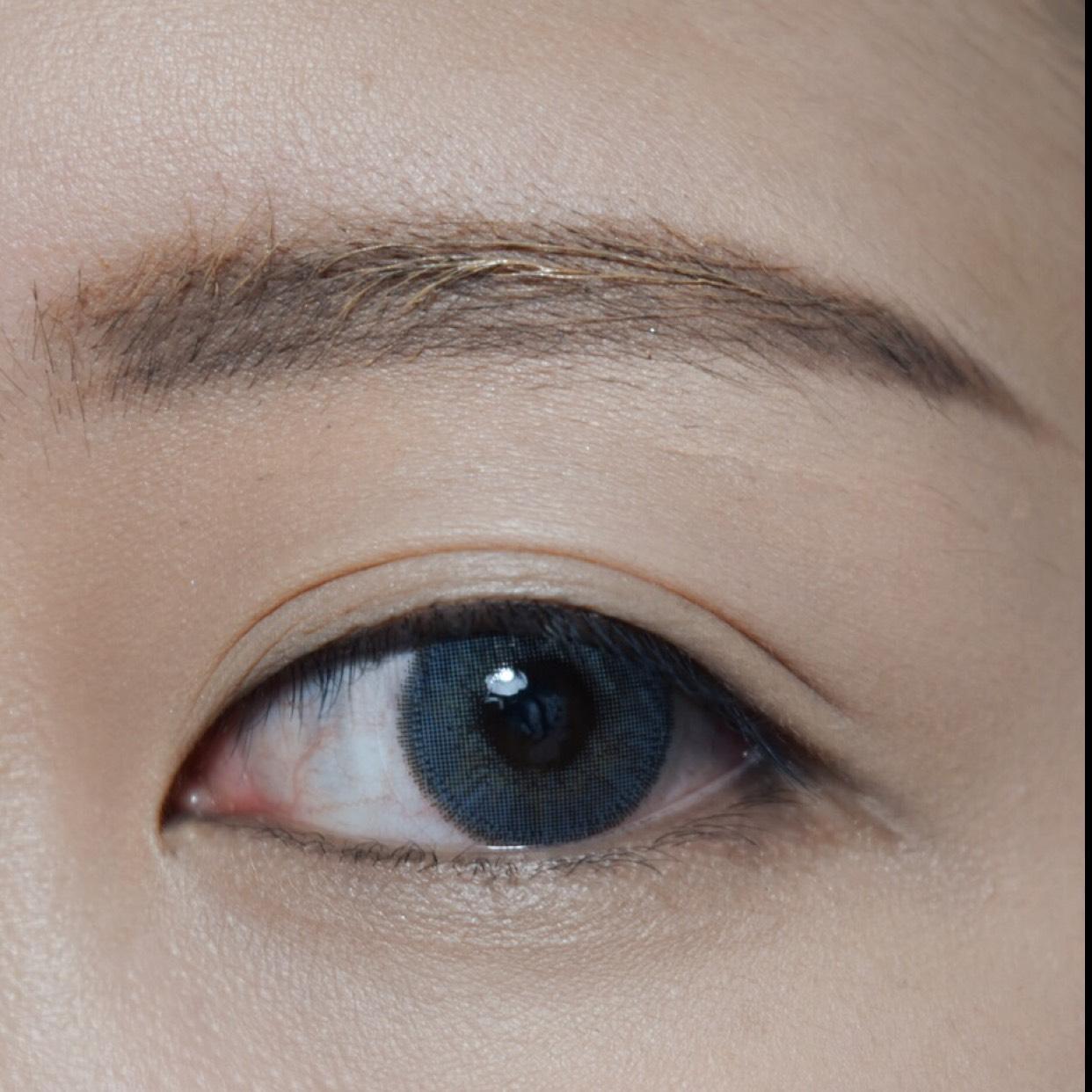 cool greycollar makeupのBefore画像