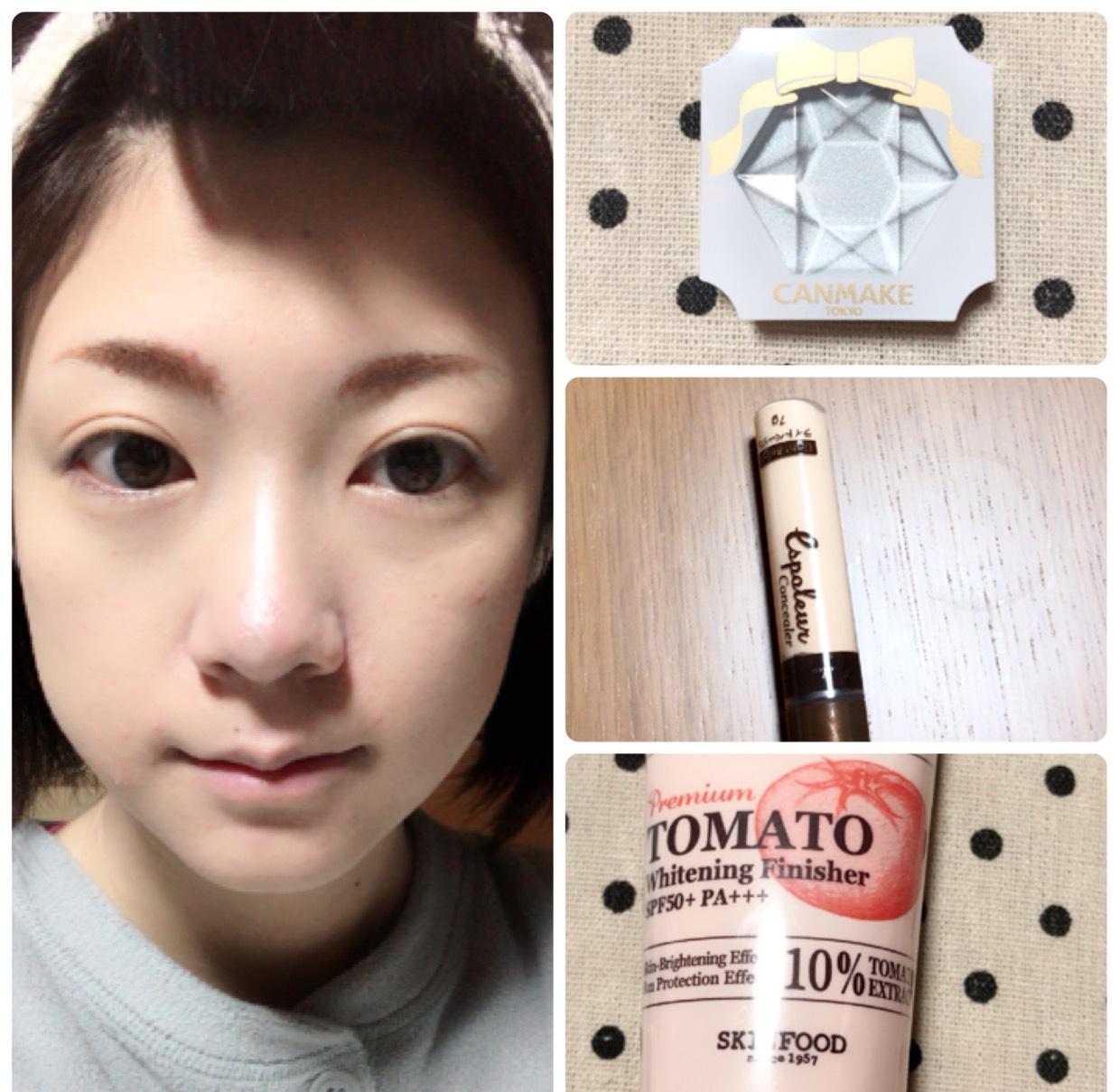 SKINFOODのトマトの下地を塗り、BBクリーム→コンシーラー→クリームハイライトの順に塗り、その上からマシュマロフィニッシュパウダーをブラシで塗ります。