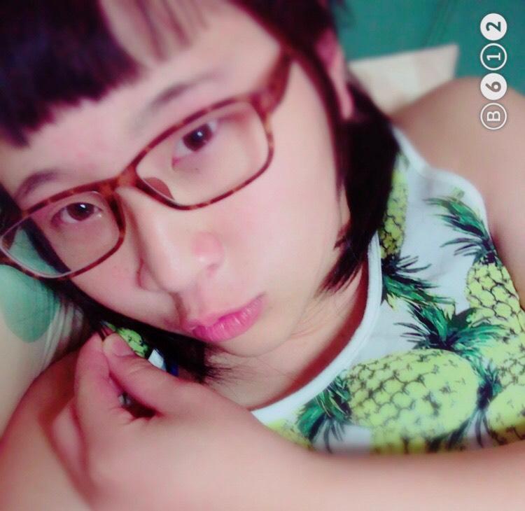 韓国風透明感メイクのBefore画像