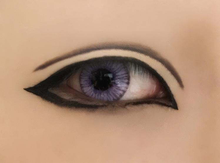 ダブルラインは茶色で引いてから薄目の黒で下側に沿って細く引いてもう1度茶色でぼかす。