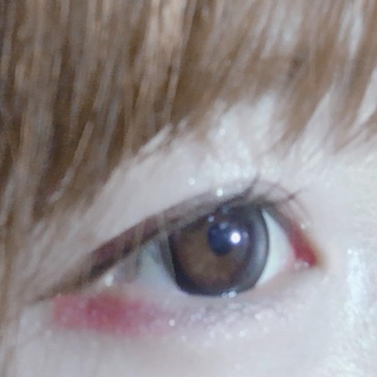 目の下ピンクでバレンタインの甘い感じをだしました(๑º º๑)