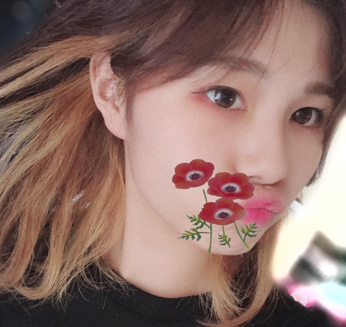 ピンク系韓国メイク