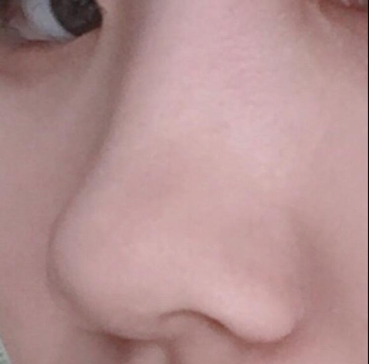 団子鼻さんのノーズシャドー