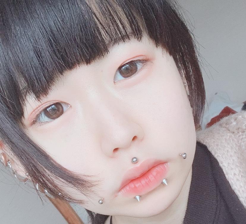 強女子メイク メイク方法のBefore画像