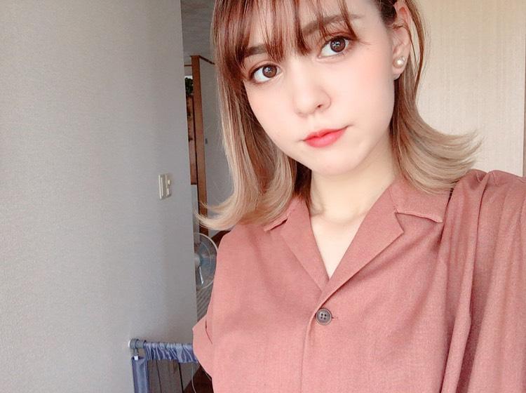 最近の髪型は、外ハネ☺︎  毛先の色が落ちていい感じになってきたので可愛い〜❤︎